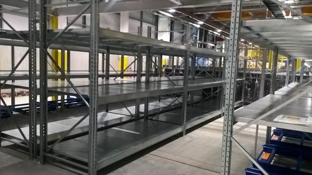 Dexion P90+ Pallet Racking - Steel Shelf Panels to store heavy duty motors