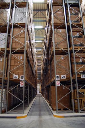Dexion P90 narrow aisle racking